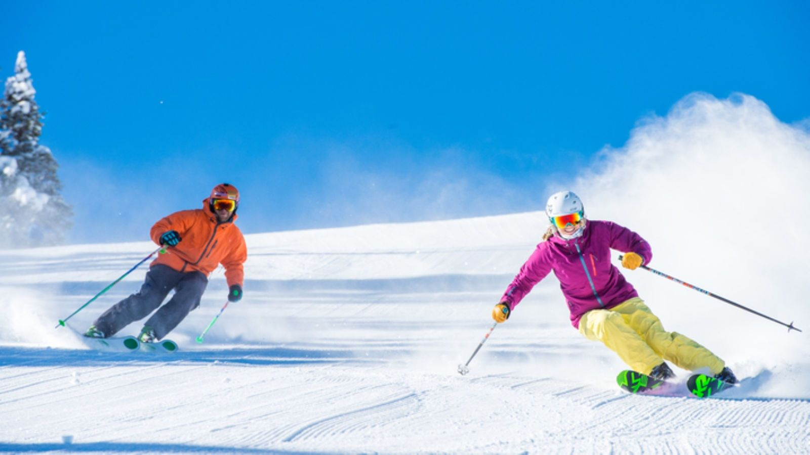 Four Mountain Sports - Couple Skiing